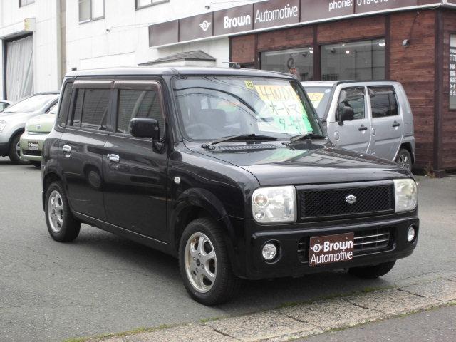 希少ラパンターボの黒!!4WDです☆オシャレな内外装に飽きの来ないスタイルはラパンの特権ですね!