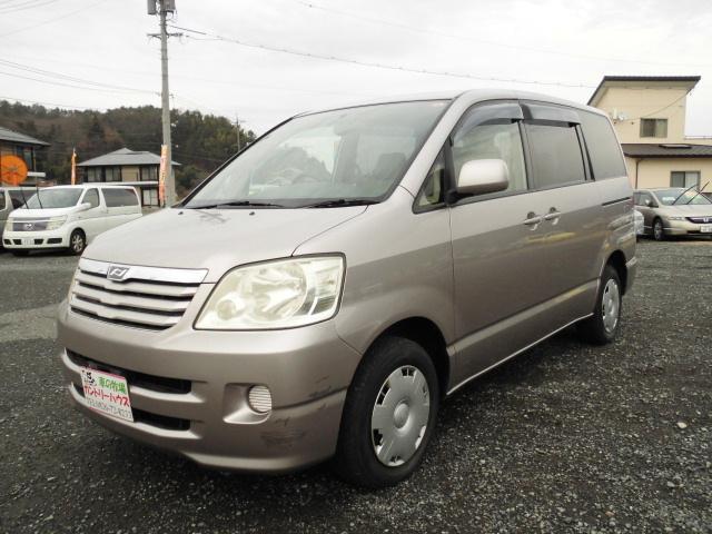 トヨタ X Gセレクション 8人 4WD キーレス CD