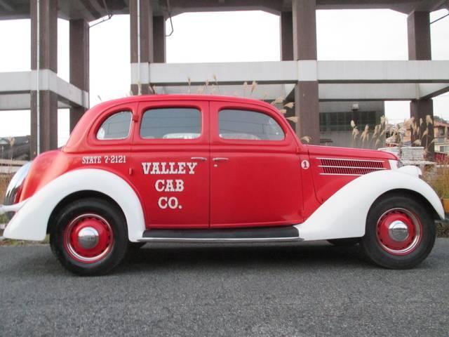 フォード 1936モデル 観音扉 V8 12V タクシー