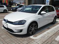VW ゴルフGTEベースグレード 18インチ DCC 登録済み未使用車