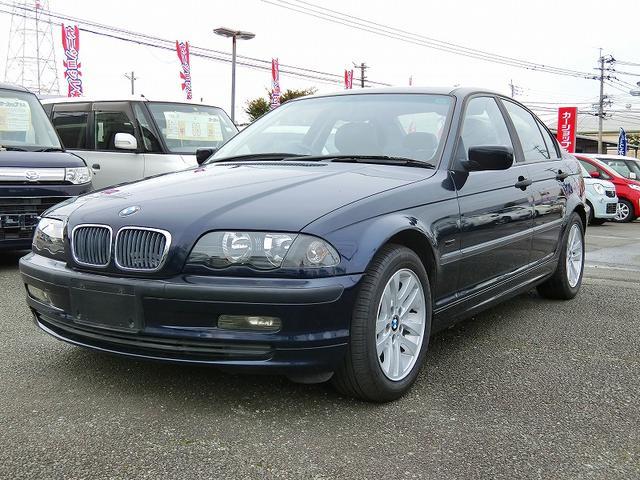 BMW 3シリーズ 318i (車検整備付)