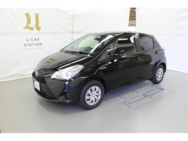 Photo of TOYOTA VITZ HYBRID F / used TOYOTA
