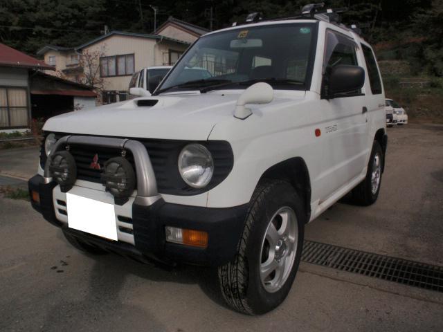 三菱 パジェロミニ 軽ターボ・4WD・5速マニュアル4WDのHI/LOW切替付 5速のマニュアルがアツイです!!