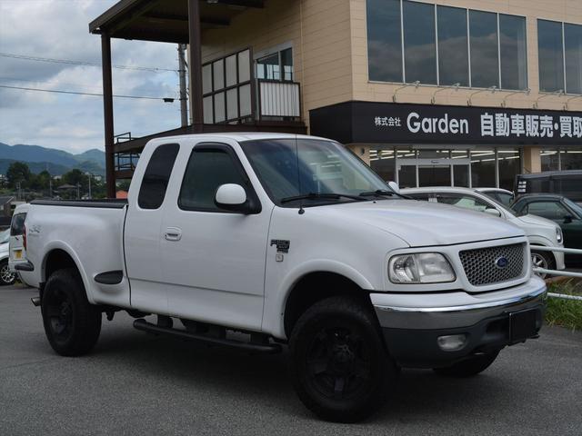 フォード XLT フレアサイド