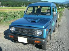 新潟県の中古車ならジムニー パノラミックルーフ エアコン 4WDターボ 5速マニュアル