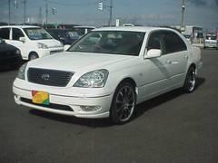 新潟県の中古車ならセルシオ C仕様 プレミアム 革シート DVDナビ HID ETC