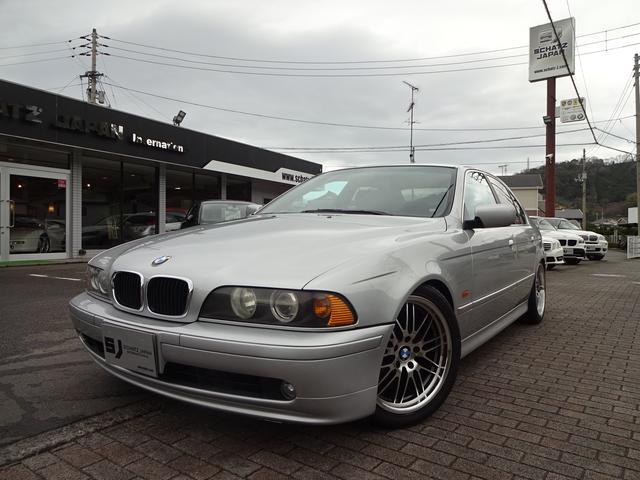 BMW 5シリーズ 525iハイライン ローダウン 18インチAW...