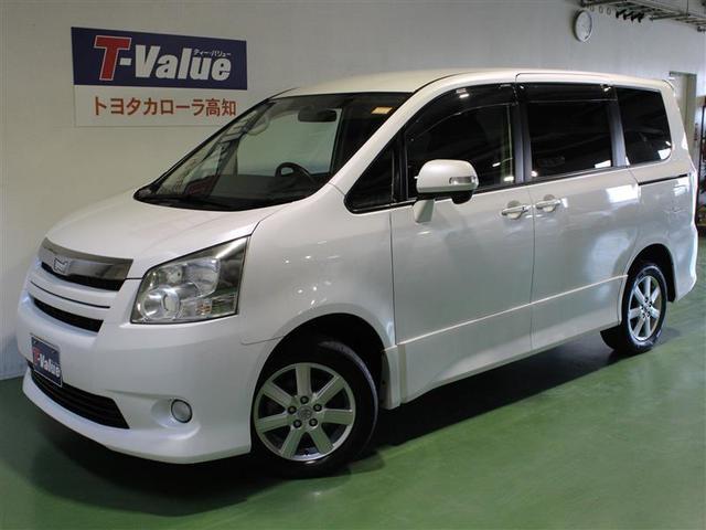 トヨタ ノア S 4WD 8人乗り オートスライドドア (車検整備付)