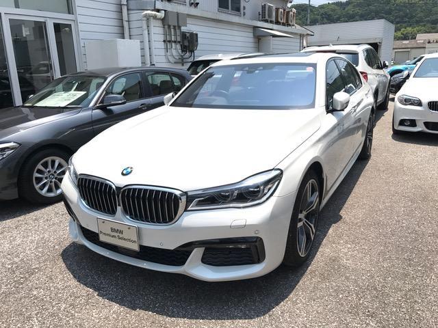 BMW 7シリーズ 740i Mスポーツ (検31.1)