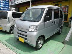 沖縄の中古車 ダイハツ ハイゼットカーゴ 車両価格 88万円 リ済込 平成27年 2.5万K シルバー