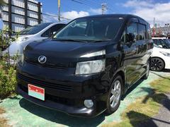 沖縄の中古車 トヨタ ヴォクシー 車両価格 55万円 リ済込 平成20年 14.3万K ブラック
