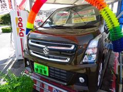 沖縄の中古車 スズキ ワゴンRスティングレー 車両価格 165万円 リ済込 平成29年 4K ブレイブカーキーM