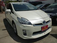 沖縄の中古車 トヨタ プリウス 車両価格 105万円 リ済込 平成23年 9.3万K パールホワイト