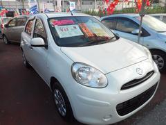 沖縄の中古車 日産 マーチ 車両価格 55万円 リ済込 平成24年 7.1万K ホワイトパール