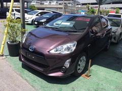 沖縄の中古車 トヨタ アクア 車両価格 149万円 リ済別 平成27年 2.8万K ワイン