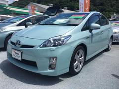 沖縄の中古車 トヨタ プリウス 車両価格 113.4万円 リ済別 平成22年 2.6万K LグリーンM