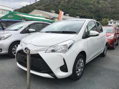 沖縄の中古車 トヨタ ヴィッツ 車両価格 125万円 リ済別 平成29年 0.8万K ホワイト
