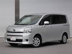 沖縄の中古車 トヨタ ヴォクシー 車両価格 139万円 リ済別 平成24年 7.4万K シルバー