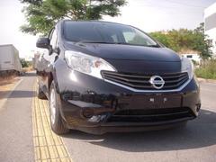 沖縄の中古車 日産 ノート 車両価格 83万円 リ済込 平成25年 5.3万K ブラック