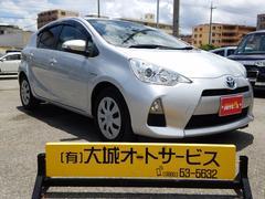 沖縄の中古車 トヨタ アクア 車両価格 99万円 リ済込 平成24年 7.6万K シルバーM