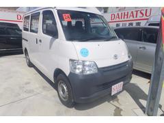 沖縄の中古車 トヨタ ライトエースバン 車両価格 59万円 リ済込 平成24年 9.1万K ホワイト