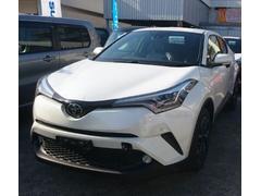 うるま市 長地自動車 トヨタ C−HR G−T LEDヘッドライト リヤカメラ パールホワイト 0.1万K 平成29年