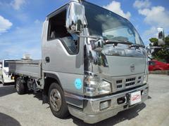 沖縄の中古車 日産 アトラストラック 車両価格 99万円 リ済込 平成18年 21.4万K シルバー