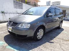 沖縄の中古車 フォルクスワーゲン VW ゴルフトゥーラン 車両価格 49万円 リ済込 2004年 5.8万K シルバーM