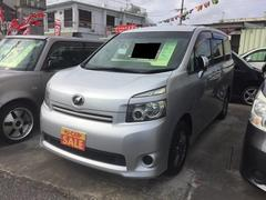 沖縄の中古車 トヨタ ヴォクシー 車両価格 77万円 リ済込 平成19年 9.9万K シルバー