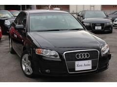 沖縄の中古車 アウディ アウディ A4 車両価格 68万円 リ済込 2006年 3.9万K ブラック