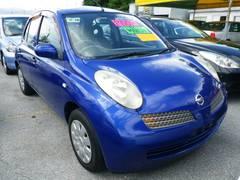 沖縄の中古車 日産 マーチ 車両価格 44万円 リ済込 平成14年 7.2万K ブルーM