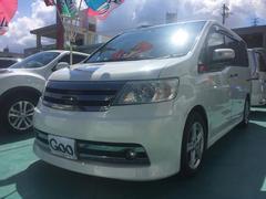 沖縄の中古車 日産 セレナ 車両価格 62万円 リ済込 平成18年 11.2万K パールホワイト