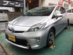 沖縄の中古車 トヨタ プリウス 車両価格 104万円 リ済込 平成24年 8.4万K シルバーM