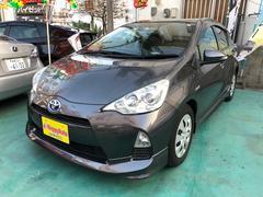 沖縄の中古車 トヨタ アクア 車両価格 89万円 リ済込 平成24年 6.6万K グレーM