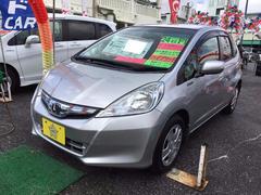 沖縄の中古車 ホンダ フィットハイブリッド 車両価格 73万円 リ済込 平成24年 4.2万K シルバー