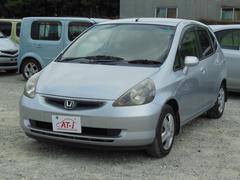 沖縄の中古車 ホンダ フィット 車両価格 29.8万円 リ済込 平成14年 2.4万K シルバー