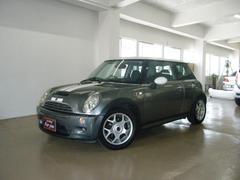 沖縄の中古車 MINI MINI 車両価格 45万円 リ済別 2004年 12.5万K ガンMII