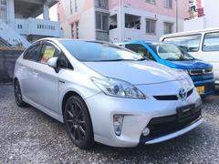 沖縄の中古車 トヨタ プリウス 車両価格 102万円 リ済込 平成24年 7.0万K シルバー