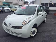 沖縄の中古車 日産 マーチ 車両価格 32万円 リ済込 平成15年 1.0万K ホワイト