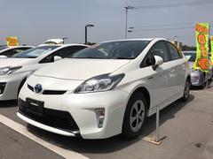 沖縄の中古車 トヨタ プリウス 車両価格 168万円 リ済別 平成26年 3.1万K パールホワイト