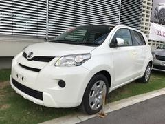 沖縄の中古車 トヨタ イスト 車両価格 93万円 リ済別 平成25年 3.9万K パールホワイト