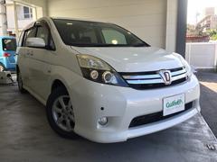 沖縄の中古車 トヨタ アイシス 車両価格 129万円 リ済別 平成24年 5.7万K パールホワイト