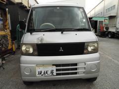 沖縄の中古車 三菱 ミニキャブバン 車両価格 9万円 リ済込 平成14年 17.3万K シルバー
