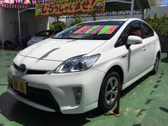 沖縄の中古車 トヨタ プリウス 車両価格 129万円 リ済別 平成25年 7.4万K スーパーホワイトII