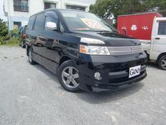 沖縄の中古車 トヨタ ヴォクシー 車両価格 55万円 リ済込 平成19年 12.0万K ブラックM
