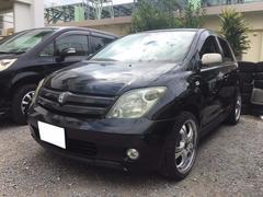 沖縄の中古車 トヨタ イスト 車両価格 8万円 リ済込 平成17年 14.7万K ブラック