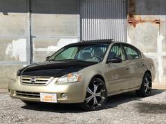 沖縄の中古車 米国日産 アルティマ 車両価格 75万円 リ済別 2002年 5.5万K ゴールドII