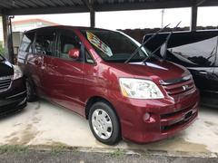 沖縄の中古車 トヨタ ノア 車両価格 29万円 リ済込 平成16年 16.0万K レッド