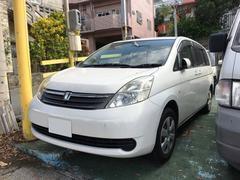 沖縄の中古車 トヨタ アイシス 車両価格 22万円 リ済込 平成18年 8.6万K パール