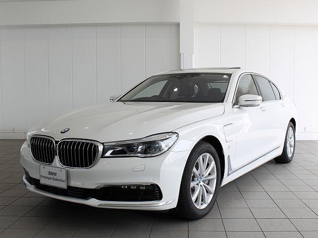 BMW 7シリーズ 740eアイパフォーマンスレーザーライト黒革ハ...